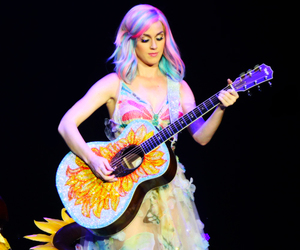 katy perry, katy, and singer image