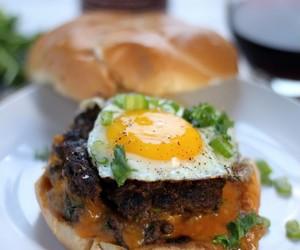 beef, sriracha, and burger image
