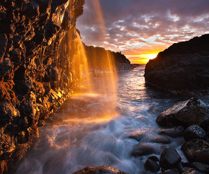 hawaii, sunlight, and water image