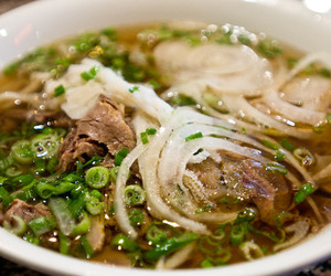 delicious and pho image