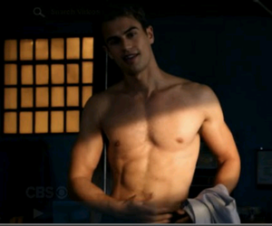 tobias eaton and the divergent image