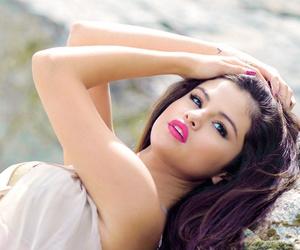 actress, perfection, and selena image