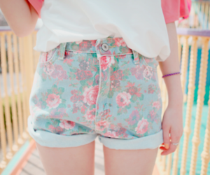 fashion, shorts, and flowers image