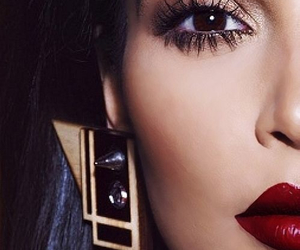 kim kardashian, make up, and eyes image