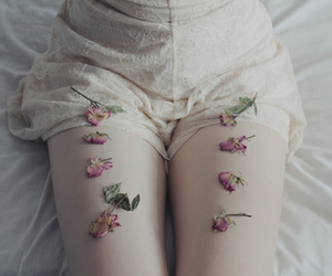 flowers, pale, and legs image