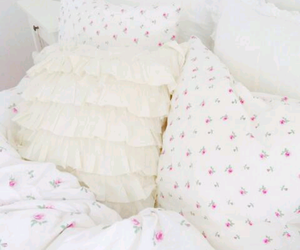bed, inspo, and pink image