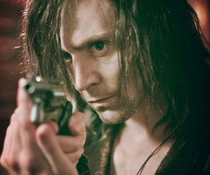 tom hiddleston, only lovers left alive, and vampire image