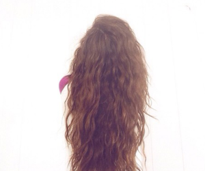 brunette, curly hair, and girl image
