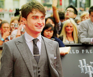 daniel radcliffe, harry potter, and premiere image
