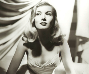 veronica lake, vintage, and 40s image