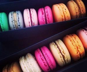 macarons image