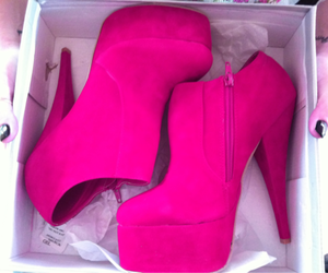 fashion, pink heels, and summmer image