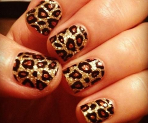 nails, leopard, and glitter image