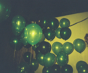 balloons, vintage, and green image