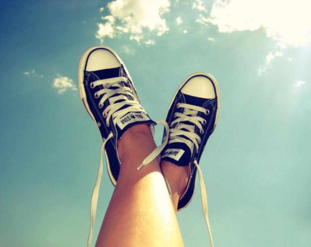 картинки для девачек ноги нашим сведениям
