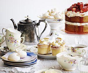 cake and desayuno image