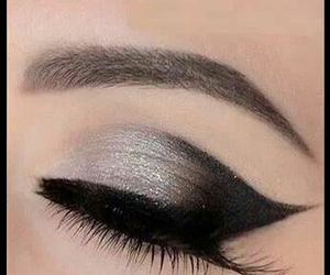 beautiful, sombras, and delineador image