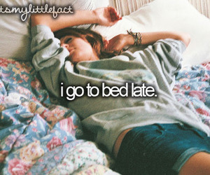 bed, who i am, and quotes image