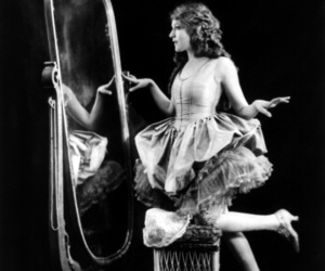 mary pickford, vintage, and 1920s image
