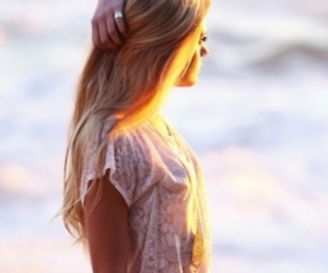 girl, summer, and sunset image