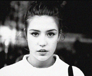 adele exarchopoulos and girl image