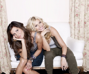 ashley tisdale, best friends, and aly michalka image