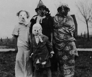 creepy, vintage, and oldphotography image