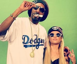 snoop dogg and chanel west coast image