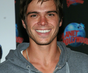 amazing, guy, and matthew lawrence image