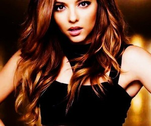 jade thirlwall, little mix, and Move image