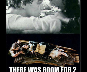drowning, funny, and jack and rose image