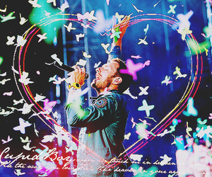 coldplay, butterflies, and Chris Martin image