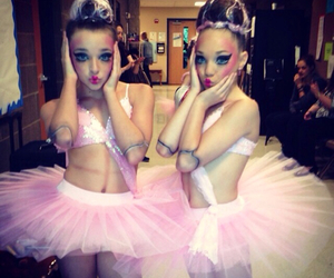 doll and dance moms image