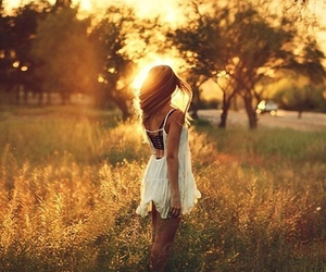 girl, sun, and summer image