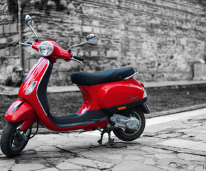 scooter, 50cc, and vespa lx image