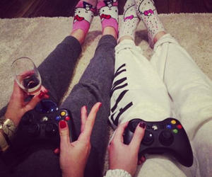 champagne, game, and girly image
