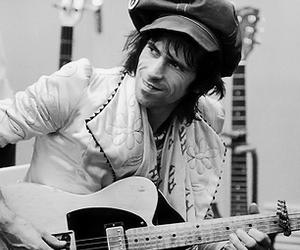 black n white, guitar hero, and ♥ image