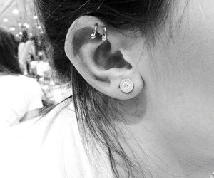 piercing, kylie jenner, and earrings image