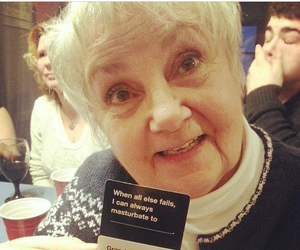 hilarious, peeing myself, and cards against humanity image