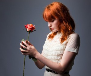 florence welch, florence and the machine, and flower image