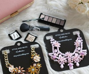 fashion, flower, and necklace image