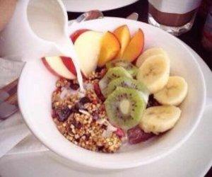 breakfast, apple, and banana image