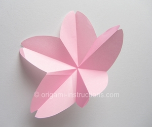 origami and sakura image