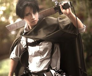 cosplay, levi, and shingeki no kyojin image