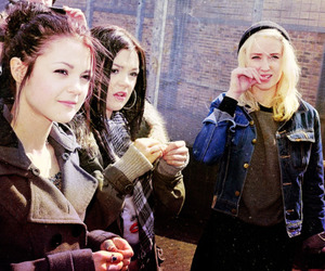 emily, kate, and Lily Loveless image