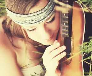 fille, girl, and guitare image
