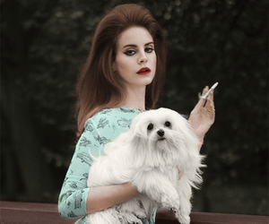 lana del rey and dog image