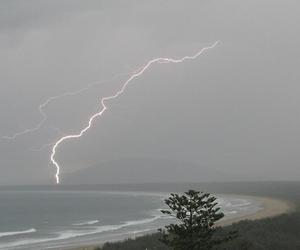 pale, grunge, and lightning image