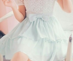 outfit, rosa, and pastel image