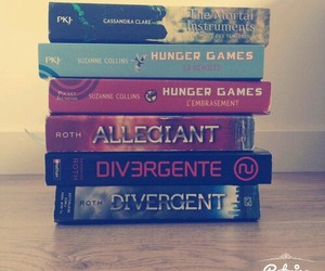 books, fabulous, and divergent image